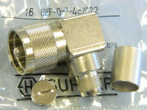 SUHNER 16UHF-0-7-4c/022  UHF male 90°  RG213