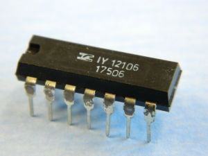 IY12106 integrated circuit