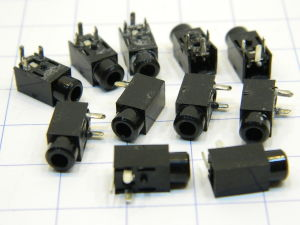 Jack female mm. 2,2 printed circuit (10pcs.)