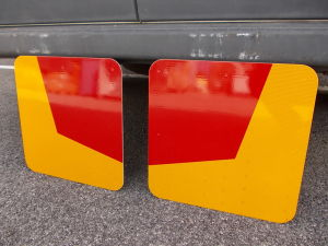 Pair of military vehicles delineator plates, 3M 6050 series