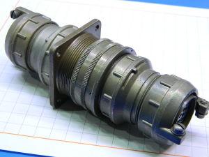 Connettore completo MS3106E-28-21S, MS3100-E28-21P  37pin  femmina volante/maschio pannello