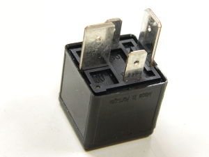 Automotive relay 12Vdc 70A n.o. TYCO V23134-J52-D642