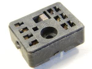Zoccolo 10 pin per relè Siemens 2 scambi , terminali da circuito stampato