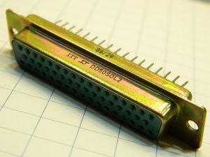 Connettore D SUB 50 pin femmina ITT DD50S0L2 circuito stampato