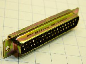 ITT CANNON DCM37P  Connettore D SUB 37 pin maschio a saldare contatti dorati