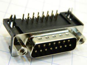 Connector D SUB 15 pin male 90°