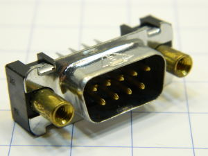 Connettore D SUB 9 pin maschio circuito stampato.