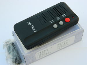 Fully digital voice recorder