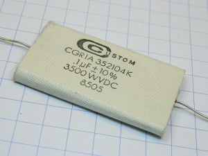 0,1uF 3500Vcc condensatore Custom CGR1A 352104K alta tensione