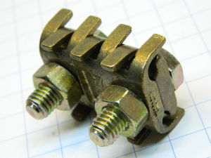 Morsetto giunzione in ottone cavi diam. mm. 6-8