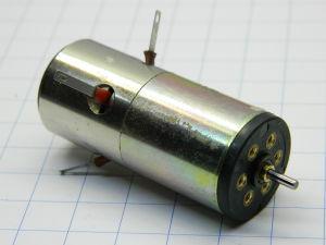 Motore 12Vcc 12.000rpm Faulhaber magnete permanente e dinamo tachimetrica, mm.42x18