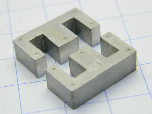 Nucleo completo E in Mumetal dim. mm. 20x20x6