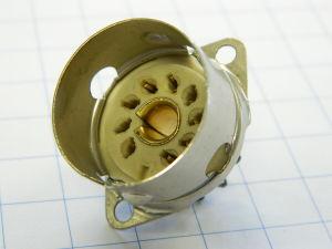 Zoccolo Noval in ceramica con portaschermo per valvola 9pin