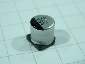 470MF 25Vdc  SMD capacitor Panasonic EFK 6F6 (n.10pcs.)