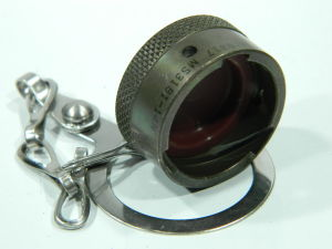 MS3181-14N dust cup cover with chain MIL std.