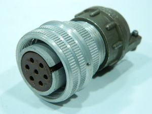 AN3106-16S-1S connector plug female 7 pin  with cable clamp