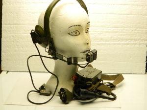 Cuffia  H-63/U con microfono CW-292/U, pettorale PTT e cavo CX-1070C/U