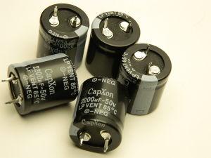 2200uF 50Vcc condensatore elettrolitico CAPXON (n. 5 pezzi)