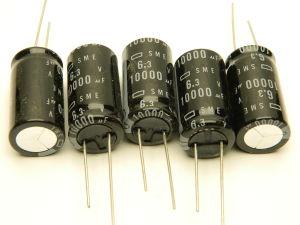 10000uF 6,3Vcc condensatore elettrolitico SME 105° (n. 5 pezzi)