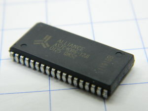 AS7C4096-12JI  512Kx8bit  SRAM memoria  5V  12nS  SOJ