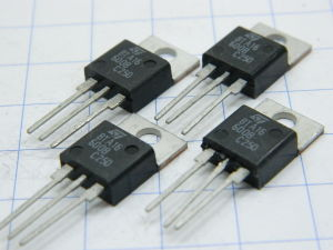 BTA16-600B triac 600V 16A (n.4 pezzi)