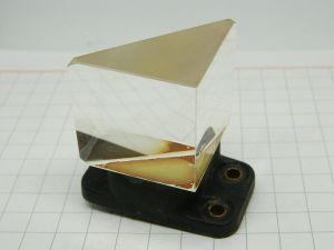 Prisma in cristallo Bausch & Lomb  mm. 38x38x38