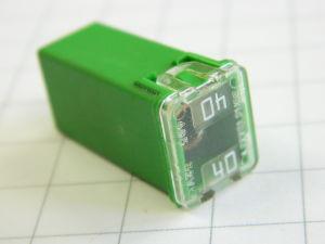 Littelfuse 495 square car fuse  40A 32V