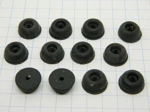 Piedini in gomma anti vibrazione mm. 17x8 (n.12 pezzi)