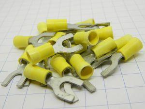 Capicorda terminale a forca isolato foro mm.6  cavo 6mmq. (n.20 pezzi)