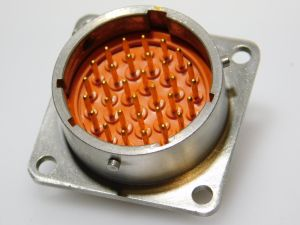 SOURIAU 8525-02H18B32PNF  32pin connector receptable male