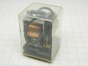 Relay ITT Italy RM88 coil 220Vac 2 spdt 10A 250Vac
