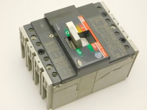 Automatic circuit breaker ABB SACE Tmax T1C160  In160A  4poles