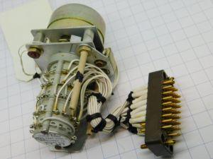 Relè solenoide passo passo 5vie bobina 24Vcc  Switch assy 5930-15-057-6921