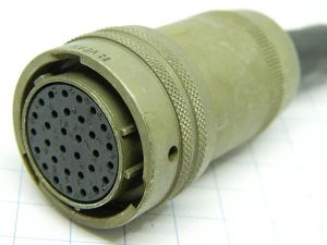 Connector VEAM VPT06W18-32S  32pin plug female
