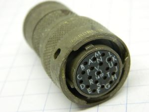 Connector Burndy BT06J 14 19S  plug female 19pin
