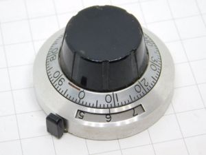 Duodial knob for Helipot potentiometer