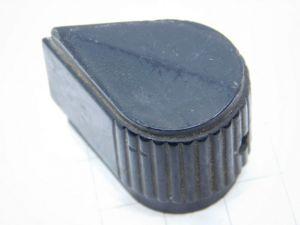 Manopola nera con indice per strumenti Americani vintage mm. 34x25