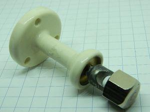 Ceramic insulator for antenna wire