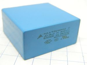 8,2MF 305Vac capacitor EPCOS  X2 MKP/SH  B32926 cross over audio