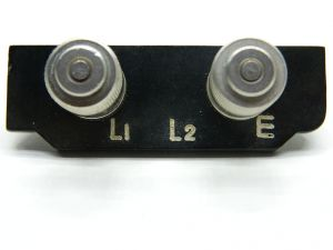 Terminal board for loudspeakers