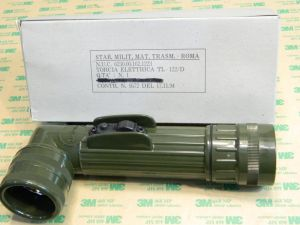 TL-122/D  WW2 flashlight original