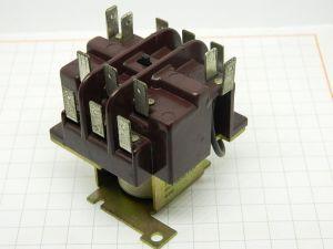 Relay contactor ESSEX 192.321111.11500 coil 24Vdc ,  35A 250Vac  3pole