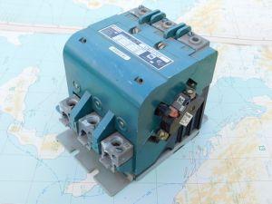 Contactor  relay FURNAS 42HF 107816  120A 3pole  coil 24Vdc