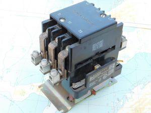 Relay contactor TELEMECANIQUE CAT2160 BX760JA 6-29 47  125A 3pole coil 24Vdc