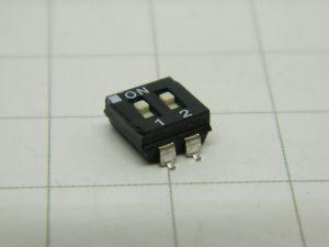 Dip Switch 2poli SMD  EAD102LCZ  (n.10 pezzi)