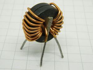Trasformatore toroidale in ferrite rapporto 1:1  mm.26,5x11x14