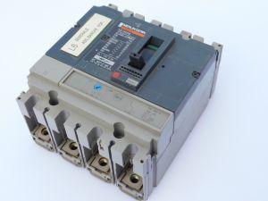 Interruttore automatico MERLIN GERIN NS160NE 4poli 125/160A + TM160D