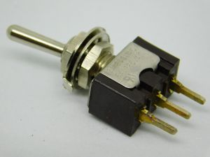Toggle switch miniature  ON-ON momentary 1SPDT