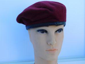 Military hat bordeaux