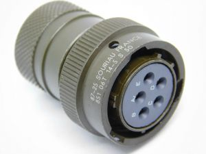Connector SOURIAU 851-06T 14-5 S 50 plug female 5pin